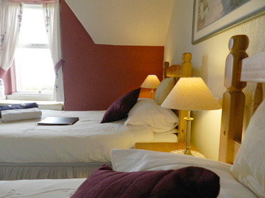 Twin Room with sea views at Viewbank House, Isle of Arran – Whiting Bay
