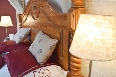 King Size 4 Poster Room at Viewbank House, Isle of Arran – Whiting Bay